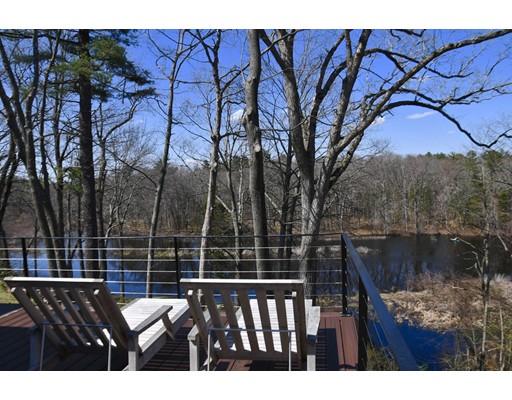 Casa Unifamiliar por un Venta en 163 Claybrook 163 Claybrook Dover, Massachusetts 02030 Estados Unidos