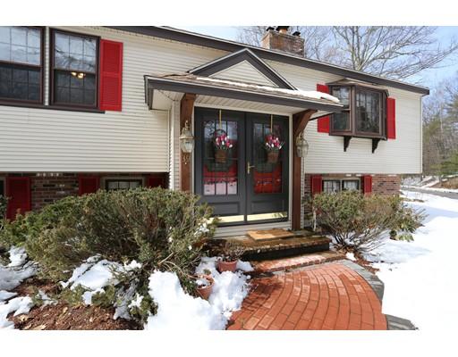واحد منزل الأسرة للـ Sale في 39 Juniper Road 39 Juniper Road Marlborough, Massachusetts 01752 United States