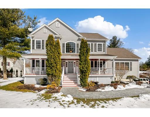 واحد منزل الأسرة للـ Sale في 7 Hales Pond Lane 7 Hales Pond Lane Wrentham, Massachusetts 02093 United States