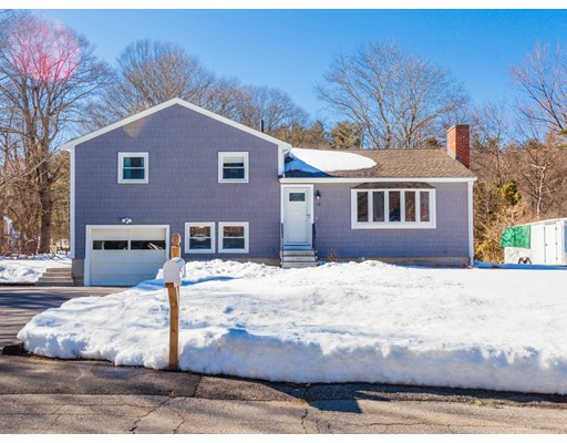 واحد منزل الأسرة للـ Sale في 13 Sunset Circle 13 Sunset Circle Marlborough, Massachusetts 01752 United States