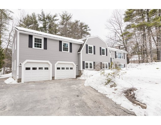 Single Family Home for Sale at 4 Fordway Road 4 Fordway Road Townsend, Massachusetts 01469 United States