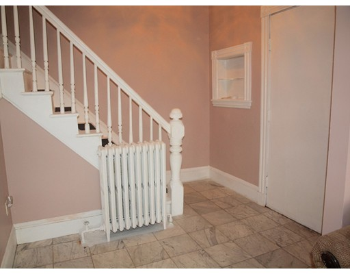 Picture 2 of 14 Churchill Pl  Dedham Ma 3 Bedroom Single Family