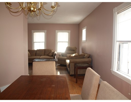 Picture 5 of 14 Churchill Pl  Dedham Ma 3 Bedroom Single Family