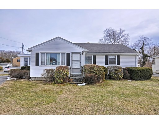 Casa Unifamiliar por un Venta en 2 Pennsylvania Avenue 2 Pennsylvania Avenue Warren, Rhode Island 02885 Estados Unidos