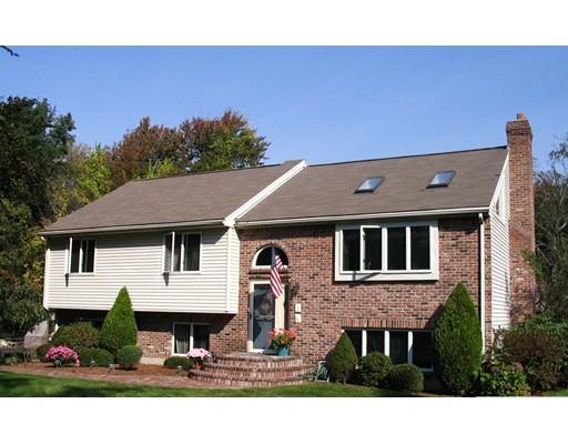 Maison unifamiliale pour l Vente à 1 Old Westboro Road 1 Old Westboro Road Grafton, Massachusetts 01519 États-Unis