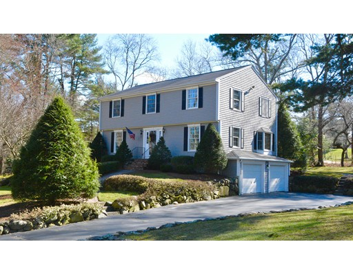 Single Family Home for Sale at 19 Old Powder House Road 19 Old Powder House Road Lakeville, Massachusetts 02347 United States
