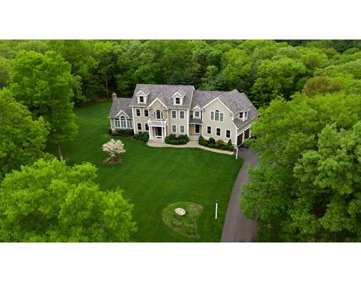 Частный односемейный дом для того Продажа на 18 Turner Hill Road 18 Turner Hill Road Medfield, Массачусетс 02052 Соединенные Штаты