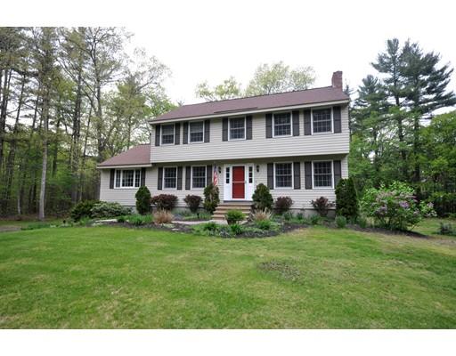 Maison unifamiliale pour l Vente à 80 Jenkins Road 80 Jenkins Road Groton, Massachusetts 01450 États-Unis