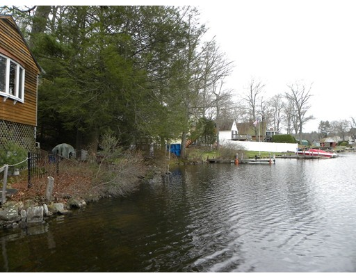 Single Family Home for Sale at 177 Sunset dr 4 waterfronts 177 Sunset dr 4 waterfronts Charlton, Massachusetts 01507 United States