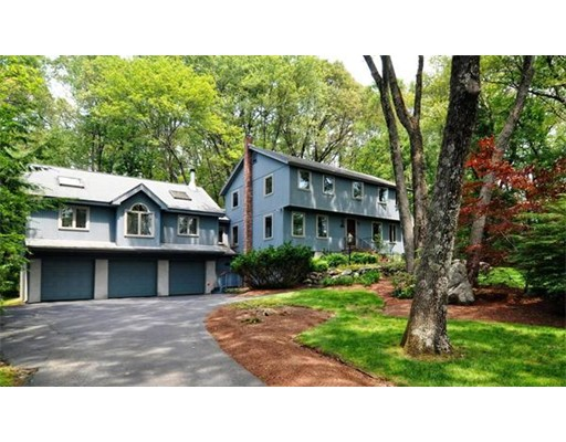 Частный односемейный дом для того Аренда на 9 Cot Hill Road 9 Cot Hill Road Bedford, Массачусетс 01730 Соединенные Штаты