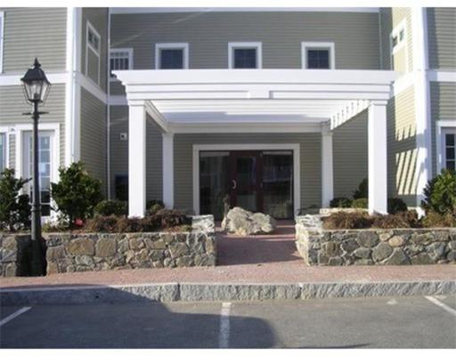 Maison unifamiliale pour l à louer à 33 Intrepid 33 Intrepid Marblehead, Massachusetts 01945 États-Unis