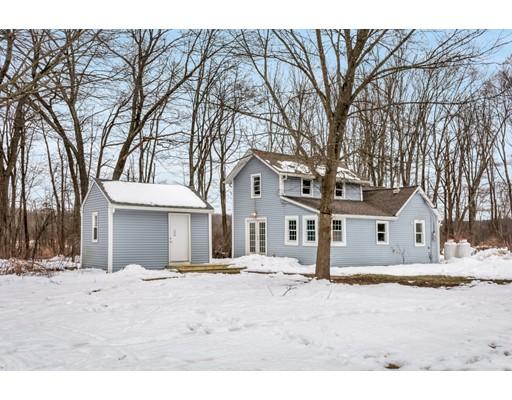 واحد منزل الأسرة للـ Sale في 36 Brackett Road 36 Brackett Road Ashland, Massachusetts 01721 United States
