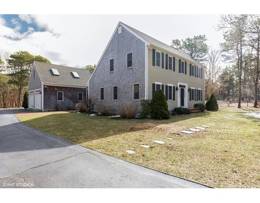Single Family Home for Sale at 5 Acorn Drive 5 Acorn Drive Harwich, Massachusetts 02645 United States