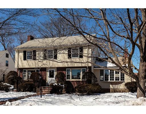 واحد منزل الأسرة للـ Sale في 43 Hoitt Road 43 Hoitt Road Belmont, Massachusetts 02478 United States