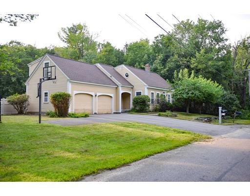 Single Family Home for Sale at 14 Forslund Road 14 Forslund Road Princeton, Massachusetts 01541 United States