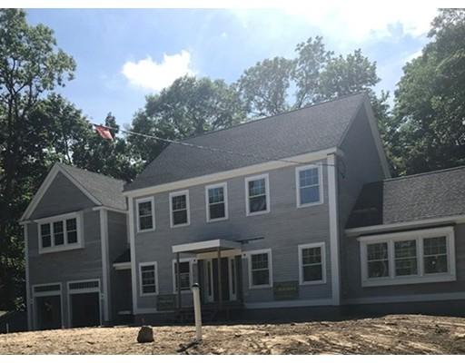 واحد منزل الأسرة للـ Sale في 341 South Main Street 341 South Main Street Cohasset, Massachusetts 02025 United States