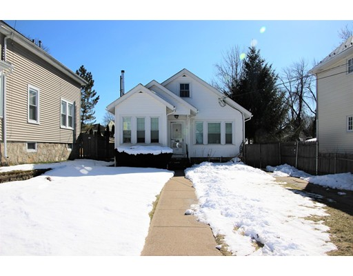 Single Family Home for Sale at 88 Huntington Avenue 88 Huntington Avenue Woonsocket, Rhode Island 02895 United States