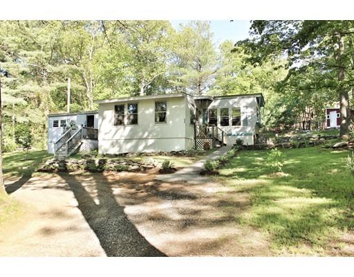 Maison unifamiliale pour l Vente à 66 Crosby Road 66 Crosby Road Grafton, Massachusetts 01519 États-Unis