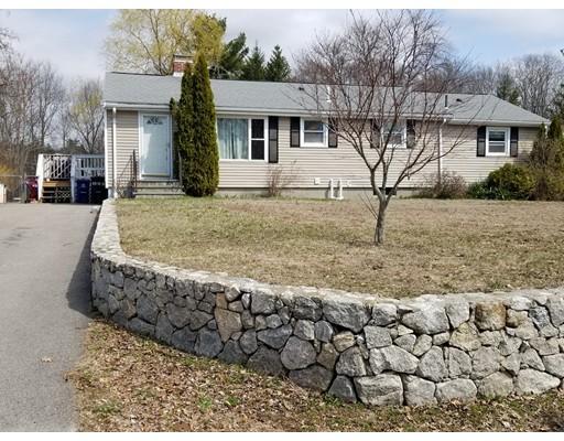 Casa Unifamiliar por un Venta en 66 Wedgewood Drive 66 Wedgewood Drive Holliston, Massachusetts 01746 Estados Unidos