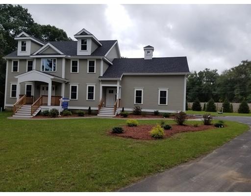 واحد منزل الأسرة للـ Sale في 169 Lexington Road 169 Lexington Road Lincoln, Massachusetts 01773 United States