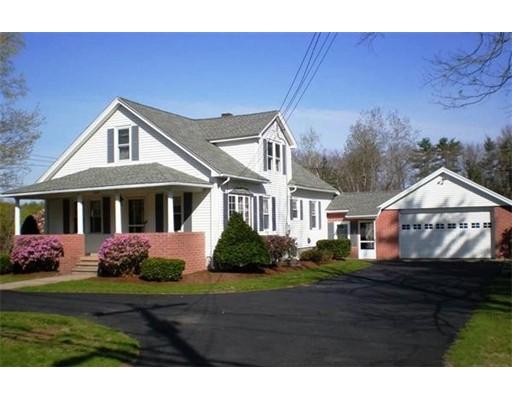 Single Family Home for Sale at 1087 Center Street 1087 Center Street Ludlow, Massachusetts 01056 United States