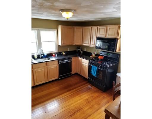 واحد منزل الأسرة للـ Rent في 173 West Emerson Street 173 West Emerson Street Melrose, Massachusetts 02176 United States
