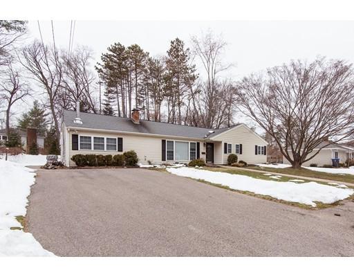 Частный односемейный дом для того Продажа на 15 Millbrook Road 15 Millbrook Road Natick, Массачусетс 01760 Соединенные Штаты