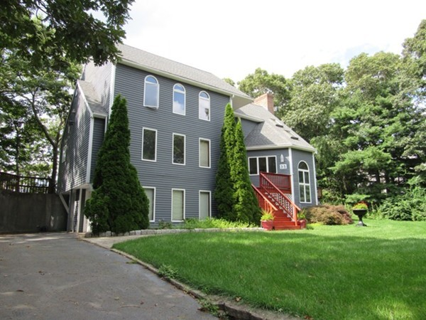 35 Studio Dr, Bourne, Massachusetts
