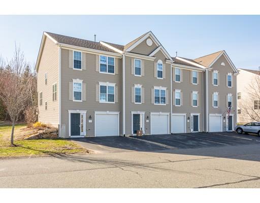 Copropriété pour l Vente à 1 Buttercup Lane 1 Buttercup Lane Grafton, Massachusetts 01560 États-Unis