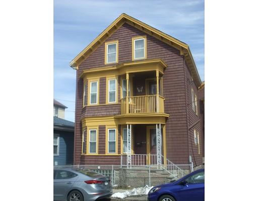 متعددة للعائلات الرئيسية للـ Sale في 286 Peckham 286 Peckham Fall River, Massachusetts 02723 United States