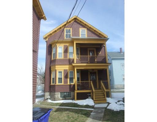 متعددة للعائلات الرئيسية للـ Sale في 290 Peckham 290 Peckham Fall River, Massachusetts 02723 United States