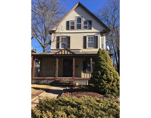 多户住宅 为 销售 在 2074 Northampton Street 2074 Northampton Street Holyoke, 马萨诸塞州 01040 美国
