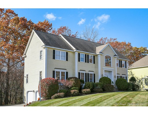 Single Family Home for Sale at 115 Sherwood Drive 115 Sherwood Drive North Andover, Massachusetts 01845 United States
