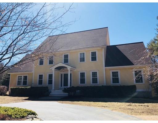 Частный односемейный дом для того Продажа на 14 Sundance Road 14 Sundance Road Concord, Нью-Гэмпшир 03301 Соединенные Штаты