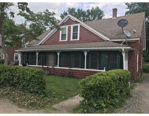 Maison multifamiliale pour l Vente à 14 Buckley Hill Road 14 Buckley Hill Road Thompson, Connecticut 06255 États-Unis