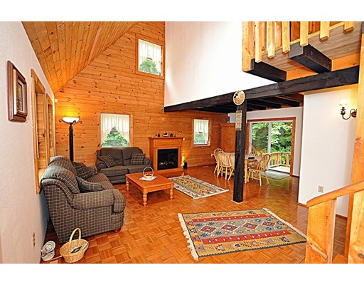 15 Thicket Rd, Tolland, MA, 01034