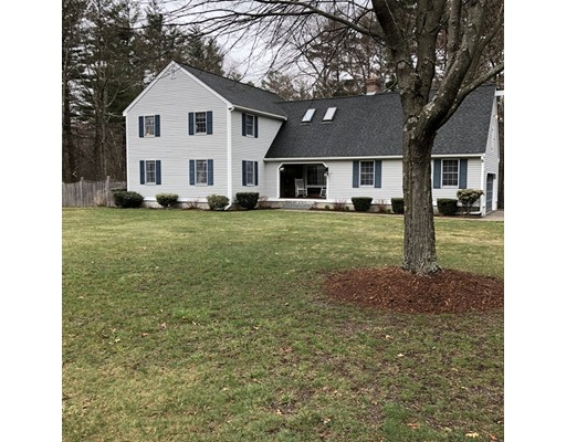 Maison unifamiliale pour l Vente à 27 Ledge Road 27 Ledge Road Chelmsford, Massachusetts 01863 États-Unis