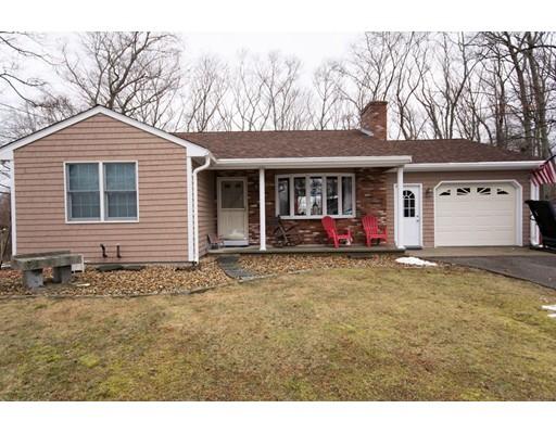 واحد منزل الأسرة للـ Sale في 490 Dickinson Street 490 Dickinson Street Fall River, Massachusetts 02721 United States