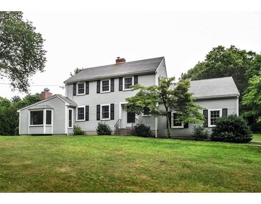 Casa Unifamiliar por un Venta en 2 Maple Lane 2 Maple Lane Dover, Massachusetts 02030 Estados Unidos