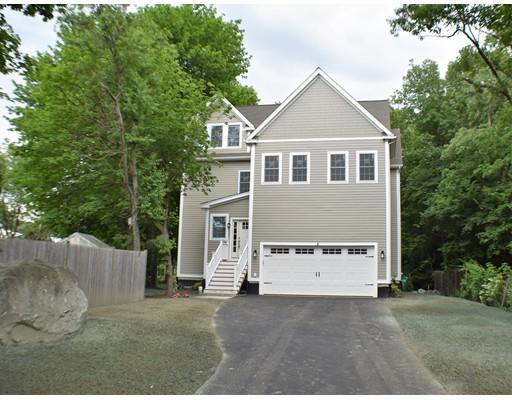 Tek Ailelik Ev için Satış at 2 Fensmere Road 2 Fensmere Road Boston, Massachusetts 02132 Amerika Birleşik Devletleri