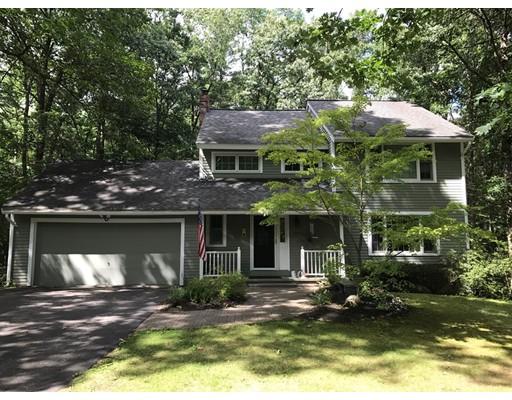 Maison unifamiliale pour l Vente à 32 Throne Hill Road 32 Throne Hill Road Groton, Massachusetts 01450 États-Unis
