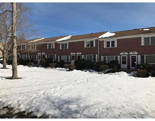 共管式独立产权公寓 为 销售 在 1652 Plymouth Street 1652 Plymouth Street East Bridgewater, 马萨诸塞州 02333 美国