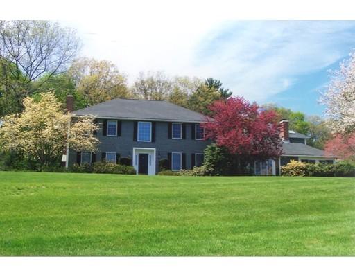 Enfamiljshus för Försäljning vid 36 Main Street 36 Main Street Dover, Massachusetts 02030 Usa