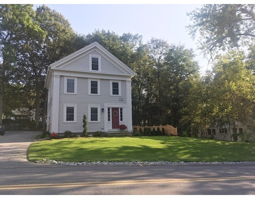 Maison unifamiliale pour l Vente à 9 Millbury 9 Millbury Grafton, Massachusetts 01519 États-Unis