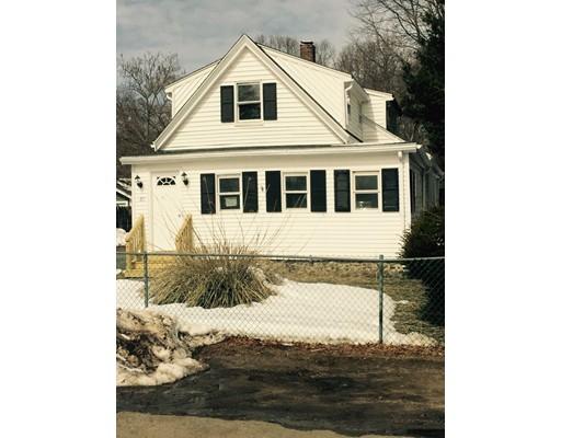 Частный односемейный дом для того Продажа на 63 Highland Street 63 Highland Street Avon, Массачусетс 02322 Соединенные Штаты