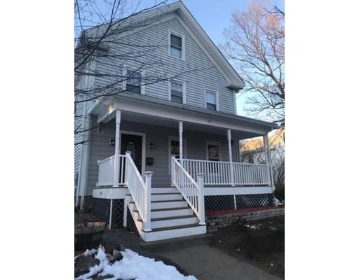 Maison unifamiliale pour l Vente à 55 Main Street 55 Main Street Saugus, Massachusetts 01906 États-Unis
