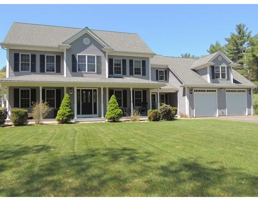 独户住宅 为 销售 在 3 Hamilton Lane 3 Hamilton Lane 莱克威尔, 马萨诸塞州 02347 美国
