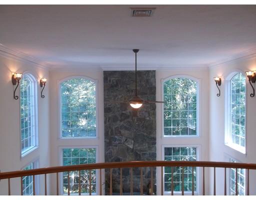 Casa Unifamiliar por un Venta en 27 KINGSLEY STREET 27 KINGSLEY STREET Holbrook, Massachusetts 02343 Estados Unidos