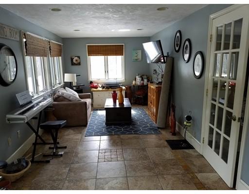7 Howland Rd, Berkley, MA, 02779