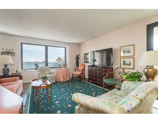 65 East India Row, 6F - Waterfront, MA
